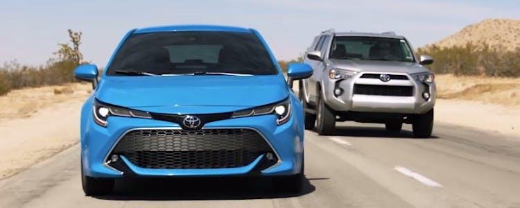 2021-corolla-hatchback-safety-blind-spot-monitor-rear-cross-traffic-alert