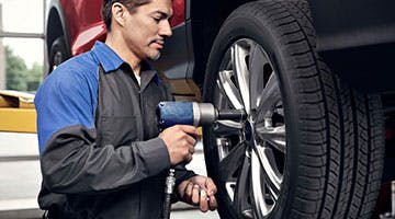 wheel-alignment-ford-service-specials-aspen-stettler