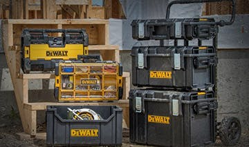 gear-accessories-storage-dewalt